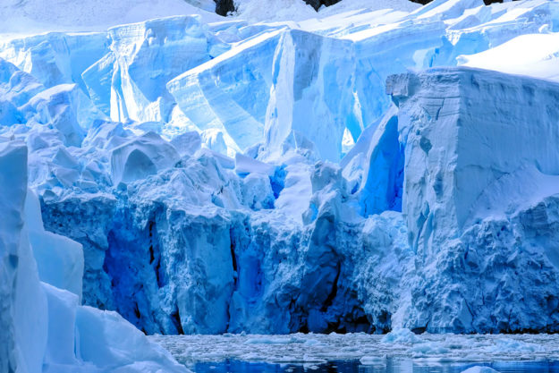 PHOTO: Tortured Face of a Glacier at Paradise Bay in Antarctica