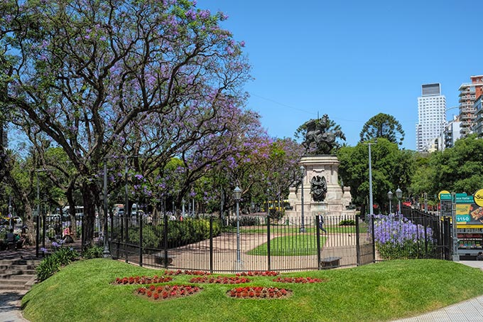 Plaza Italia marks the border between the ritzy neighborhood of Palermo and the newly trendy neighborhood of Palermo Soho